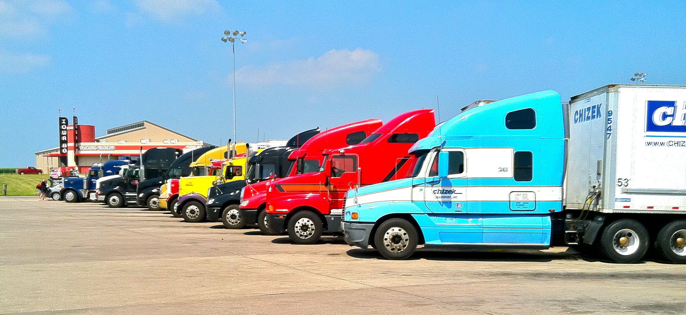 chicago truck parking